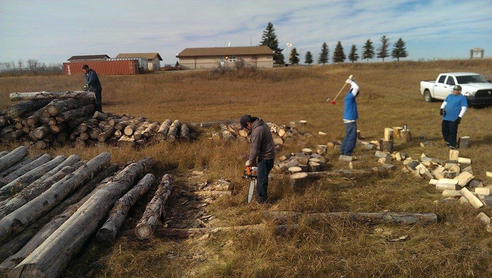 141025_saskatoon_firewood_06