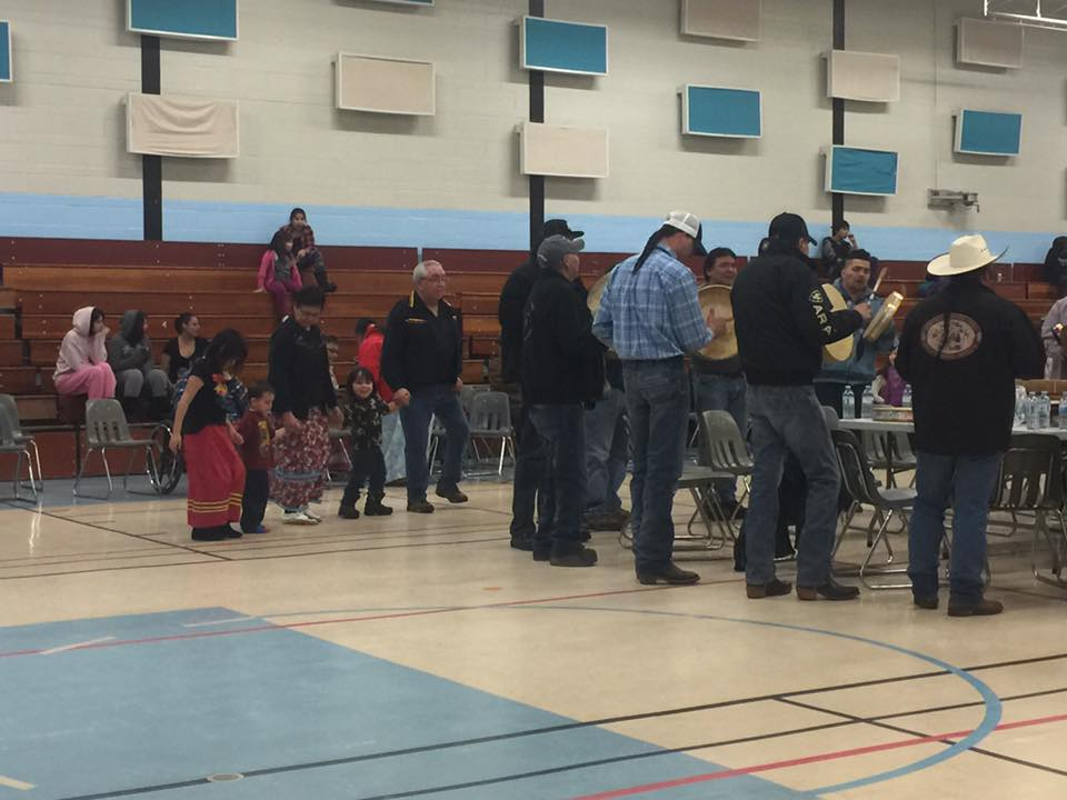 160114_north-battleford_round-dance_04